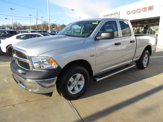 2018 Ram 1500 Quad Cab 4x4, Pickup #18317 - photo 3