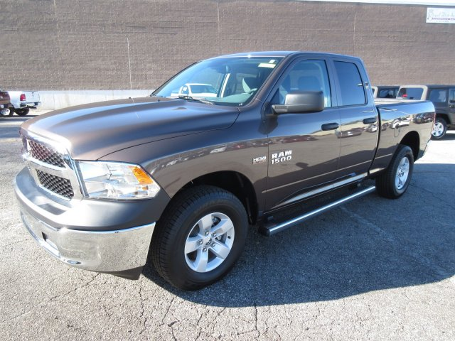 2018 Ram 1500 Quad Cab 4x4, Pickup #18335 - photo 3