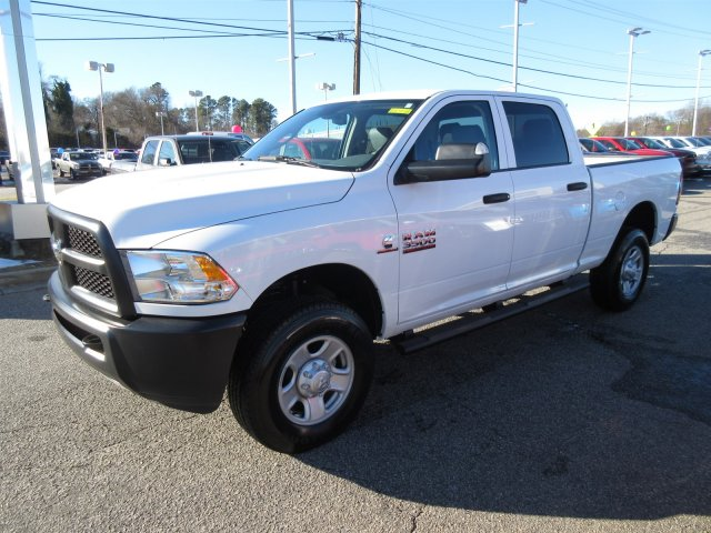 2018 Ram 3500 Crew Cab 4x4, Pickup #18458 - photo 3