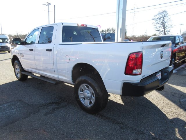 2018 Ram 3500 Crew Cab 4x4, Pickup #18458 - photo 4