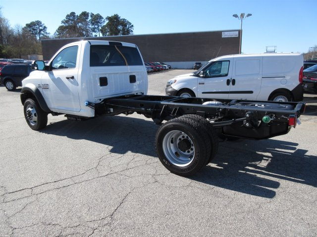 2018 Ram 5500 Regular Cab DRW, Cab Chassis #18537 - photo 4
