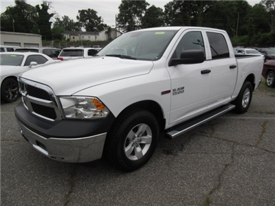 2018 Ram 1500 Crew Cab 4x2,  Pickup #18765 - photo 5