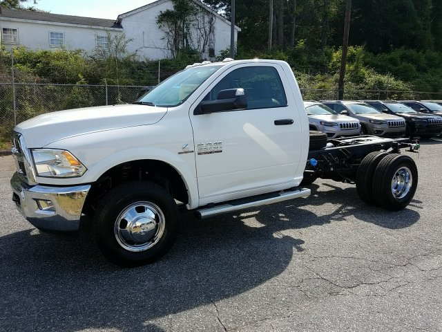 2018 Ram 3500 Regular Cab DRW 4x4,  Cab Chassis #18790 - photo 6