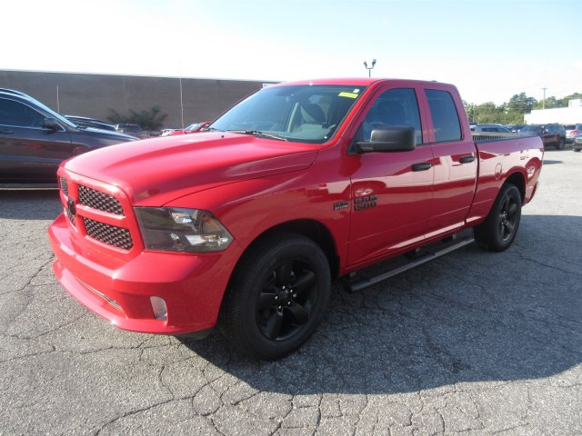 2018 Ram 1500 Quad Cab 4x2,  Pickup #18941 - photo 5