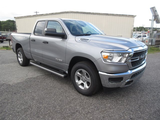 2019 Ram 1500 Quad Cab 4x2,  Pickup #19126 - photo 3
