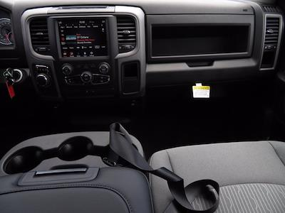 2021 Ram 1500 Classic Crew Cab 4x2, Pickup #211093 - photo 10