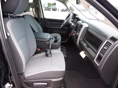 2021 Ram 1500 Classic Crew Cab 4x2, Pickup #211093 - photo 7