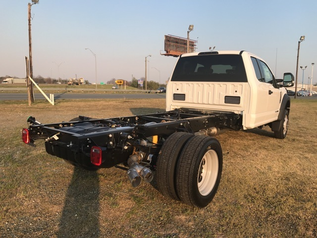 2017 F-450 Super Cab DRW 4x4, Cab Chassis #177881 - photo 2