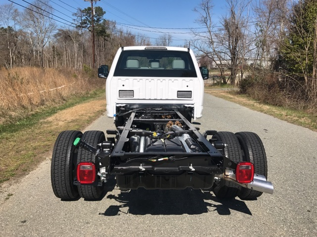 2017 F-550 Regular Cab DRW 4x4, Cab Chassis #177882 - photo 6
