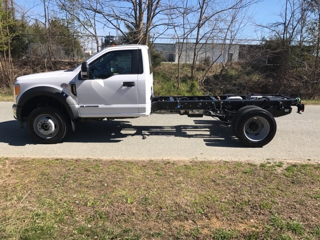 2017 F-550 Regular Cab DRW 4x4, Cab Chassis #177882 - photo 7