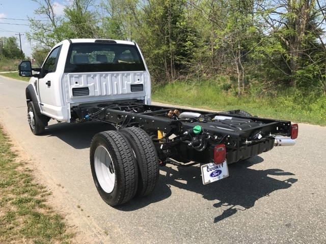 2017 F-450 Regular Cab DRW, Cab Chassis #177938 - photo 2