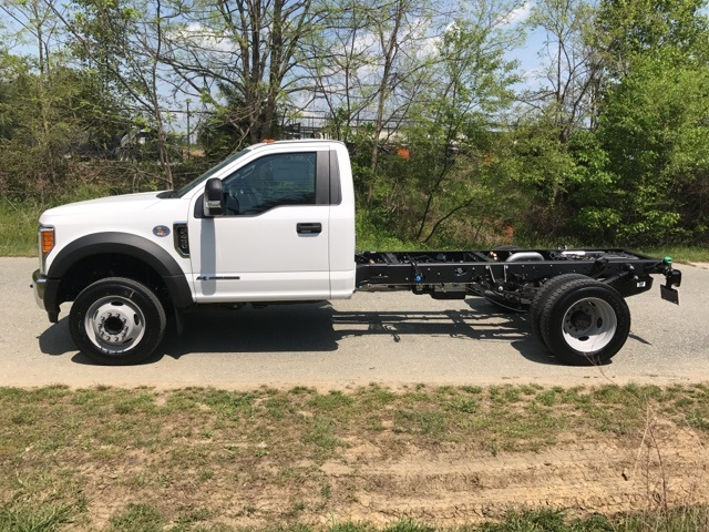 2017 F-450 Regular Cab DRW, Cab Chassis #177938 - photo 7