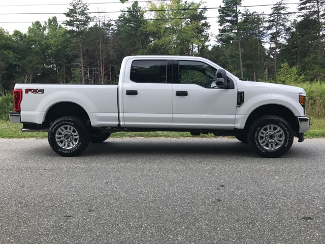 2017 F-250 Crew Cab 4x4 Pickup #178072 - photo 4