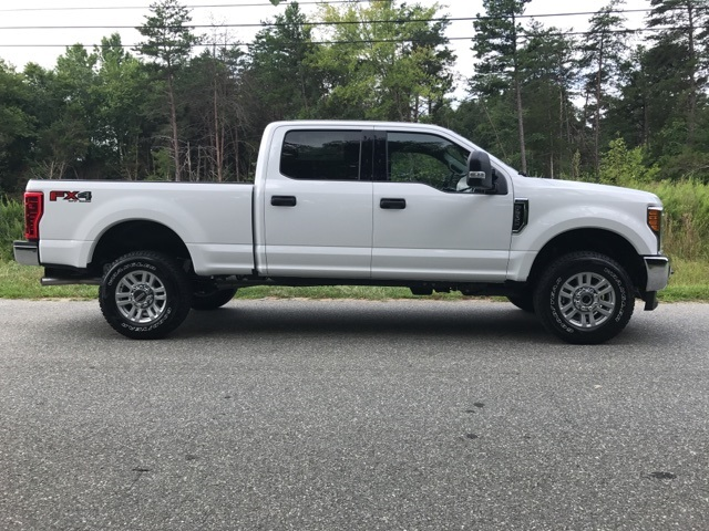 2017 F-250 Crew Cab 4x4 Pickup #178072 - photo 5