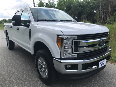 2017 F-250 Crew Cab 4x4 Pickup #178072 - photo 3
