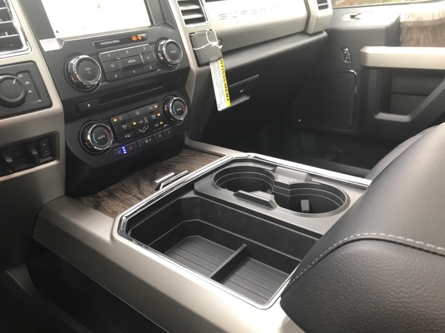 2017 F-250 Crew Cab 4x4 Pickup #178094 - photo 20