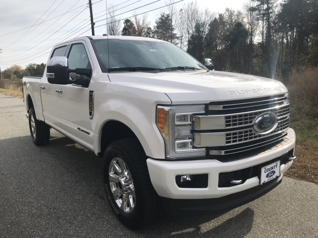 2017 F-250 Crew Cab 4x4 Pickup #178240 - photo 5