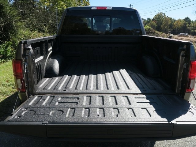 2018 F-150 SuperCrew Cab 4x4,  Pickup #188610 - photo 32