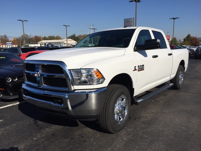 2017 Ram 2500 Crew Cab 4x4, Pickup #R12861 - photo 4
