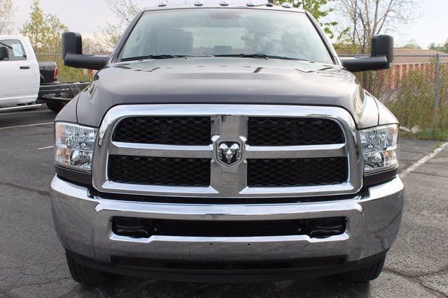 2017 Ram 3500 Crew Cab DRW 4x4, Pickup #R13959 - photo 22