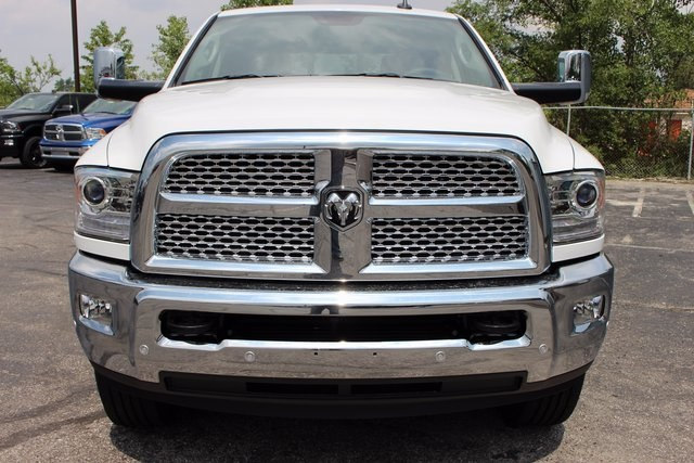 2017 Ram 3500 Crew Cab 4x4, Pickup #R14502 - photo 22