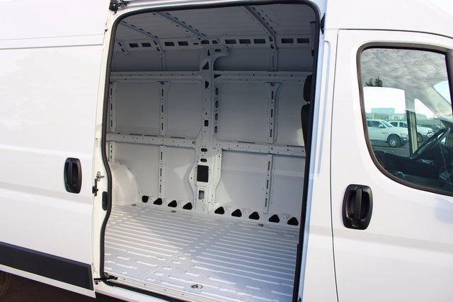 2018 ProMaster 3500 High Roof,  Empty Cargo Van #R14998 - photo 16