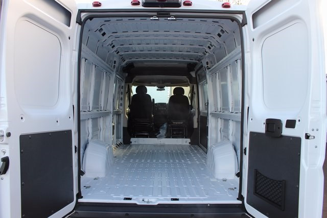 2018 ProMaster 3500 High Roof,  Empty Cargo Van #R14998 - photo 2
