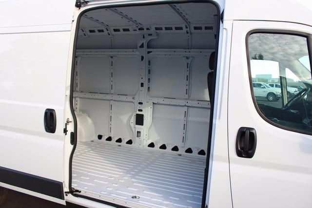 2018 ProMaster 3500 High Roof, Cargo Van #R15018 - photo 16