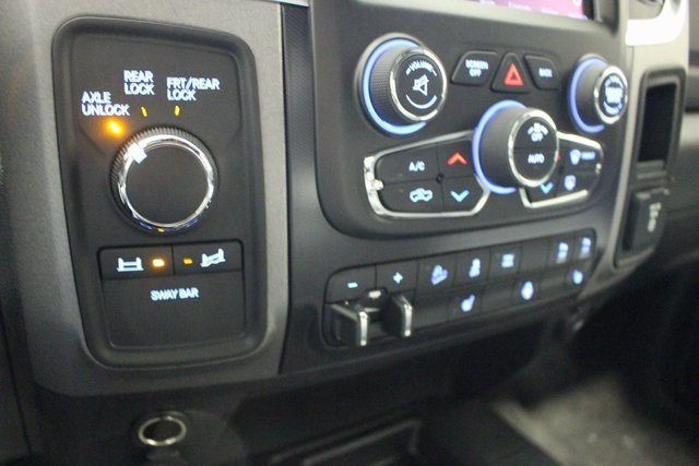 2018 Ram 2500 Crew Cab 4x4, Pickup #R15019 - photo 15