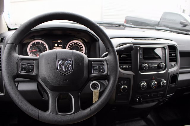 2018 Ram 2500 Crew Cab 4x4, Pickup #R15232 - photo 12