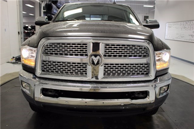 2018 Ram 3500 Crew Cab 4x4 Pickup #R15395 - photo 23