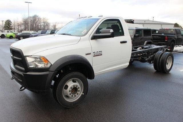 2018 Ram 4500 Regular Cab DRW, Cab Chassis #R15457 - photo 4