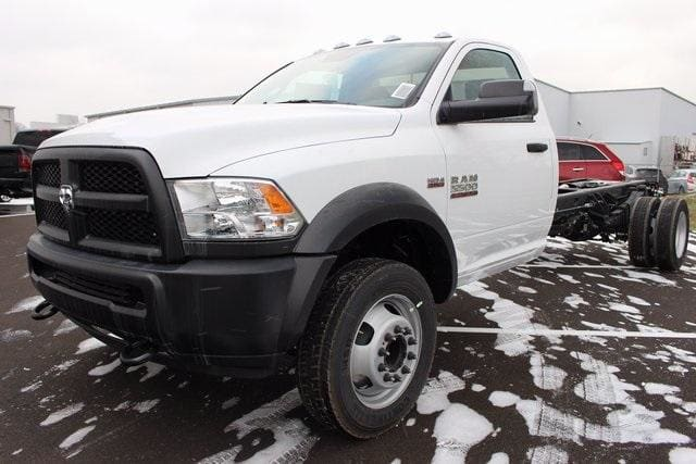 2018 Ram 5500 Regular Cab DRW, Cab Chassis #R15458 - photo 3