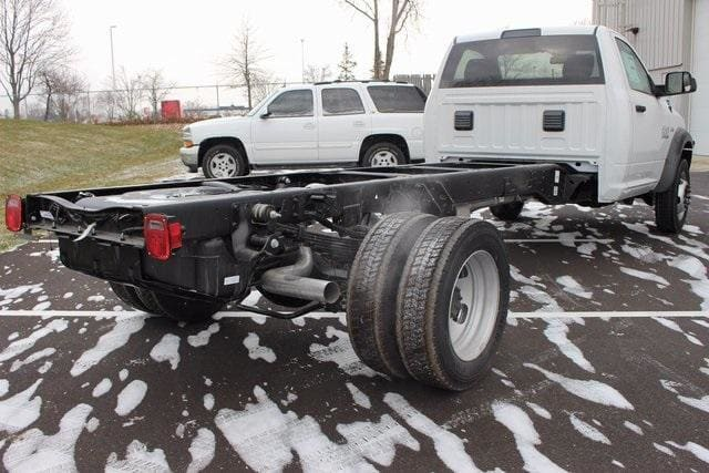 2018 Ram 5500 Regular Cab DRW, Cab Chassis #R15458 - photo 2