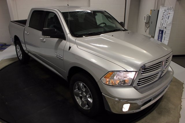 2017 Ram 1500 Crew Cab 4x4 Pickup #R15594 - photo 25