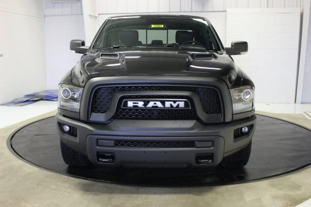 2018 Ram 1500 Crew Cab 4x4 Pickup #R15801 - photo 19