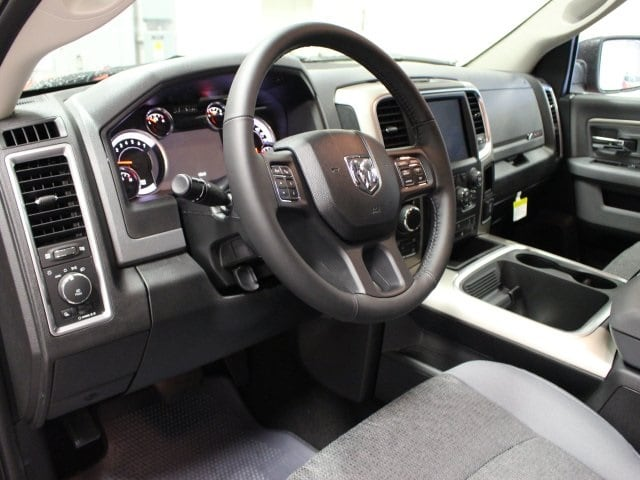 2018 Ram 1500 Crew Cab 4x4,  Pickup #R15822XX - photo 6