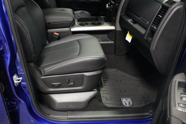 2018 Ram 1500 Crew Cab 4x4, Pickup #R15836 - photo 12