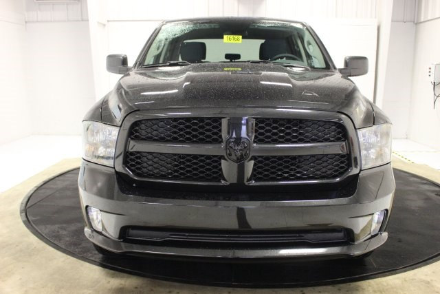 2018 Ram 1500 Crew Cab 4x4, Pickup #R16168 - photo 15
