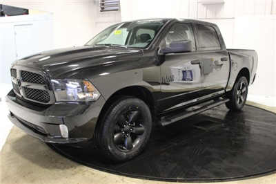 2018 Ram 1500 Crew Cab 4x4, Pickup #R16168 - photo 3