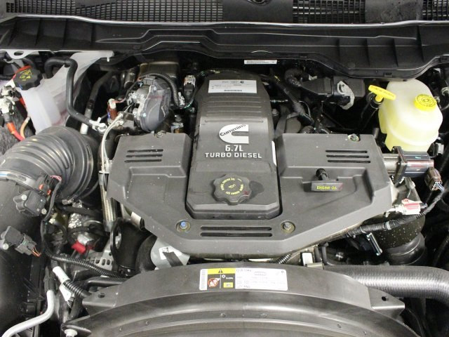 2018 Ram 3500 Crew Cab DRW 4x4, Pickup #R16269 - photo 17