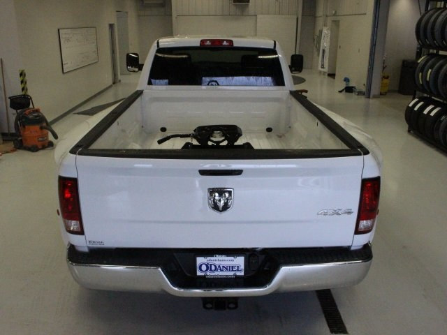2018 Ram 3500 Crew Cab DRW 4x4, Pickup #R16269 - photo 19
