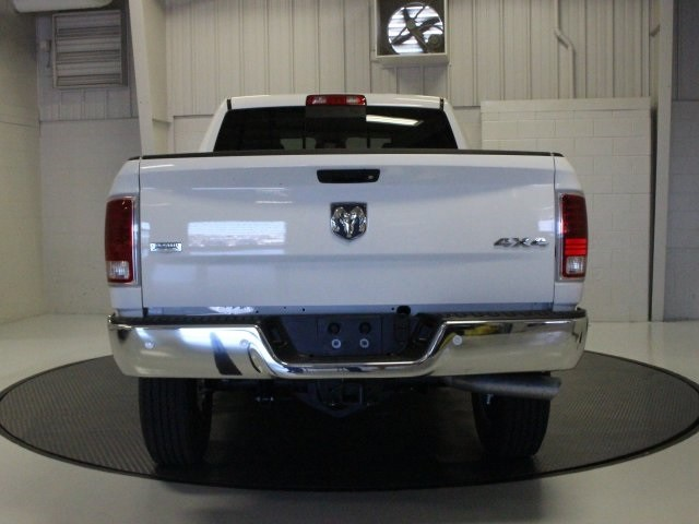 2018 Ram 3500 Crew Cab 4x4, Pickup #R16386 - photo 17