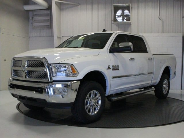 2018 Ram 3500 Crew Cab 4x4, Pickup #R16386 - photo 3
