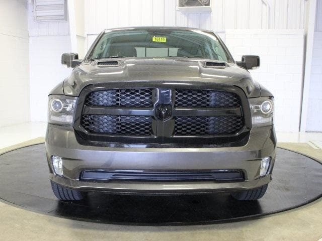 2018 Ram 1500 Crew Cab 4x4, Pickup #R16419 - photo 16