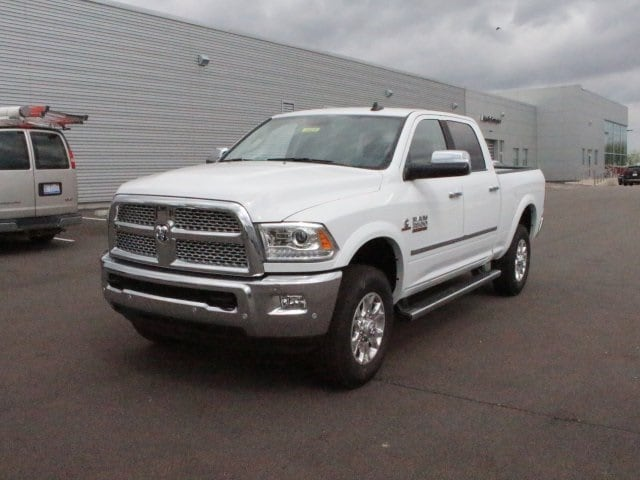 2018 Ram 3500 Crew Cab 4x4, Pickup #R16429 - photo 3