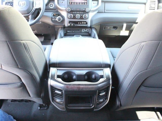 2019 Ram 1500 Crew Cab 4x4, Pickup #R16576 - photo 11