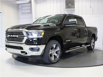 2019 Ram 1500 Crew Cab 4x4,  Pickup #R16848 - photo 3