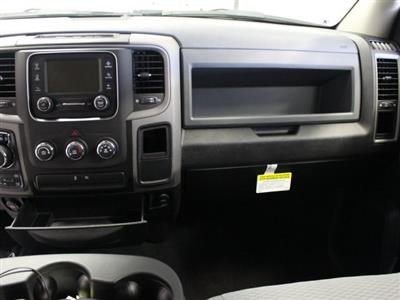 2019 Ram 1500 Crew Cab 4x4,  Pickup #R17426 - photo 10