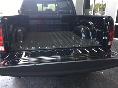 2017 Ram 1500 Crew Cab Pickup #H0392 - photo 33